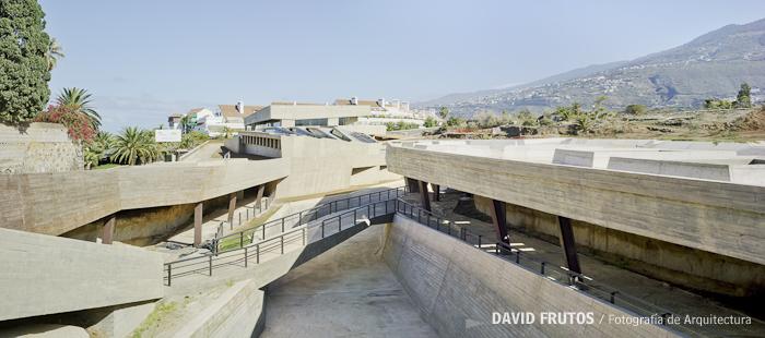 Centro de visitantes del jard n bot nico de puerto de la for Centro de eventos jardin botanico